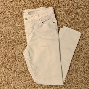 Stay White Mid-Rise Rockstar Jeans